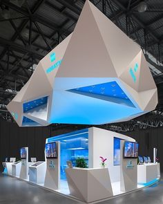 Angled View  . Design by: Dmitry Androsov . #productdisplay #exhibitiondesign #booth #design #marketing #business #tradeshow #3d #technology #designinspiration #stand #construction #designideas #designdaily #retail #woodworking #tradefair #lighting #expo #designer #b2b #ambiance #ilovedesign #visual #boothdesign #spacedesign #geometry #displayworld #vscocam by displayworld