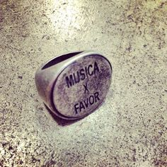 ANILLO MUSICA X FAVOR (ENTREGA EN 15 DIAS) — Cuatromusas