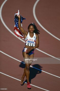 Gail Devers, US Athlete Get premium, high resolution news photos at Getty Images Gail Devers, Track Senior Pictures, Women Athletes, Track Meet, Us Olympics, Olympic Athletes, Sporty Girls, Sports Stars, Team Usa