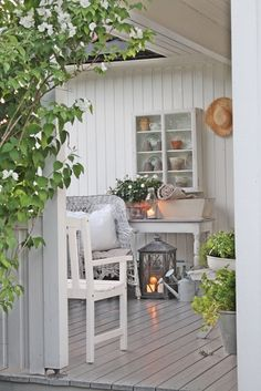 Charming lower deck or porch