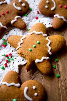 This is the best recipe for gingerbread men! Easy to mix together, taste unbelievable, and fun to decorate! Gingerbread cookie recipe on sallysbakingaddic. Easy Gingerbread Cookies, Gingerbread Dough, How To Make Gingerbread, Christmas Gingerbread, Gingerbread Houses, Ginger Man Cookies, Ginger Bread Cookies Recipe, Cookie Recipes, Xmas Recipes