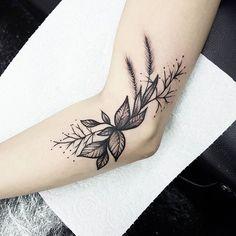 Inner arm leaves