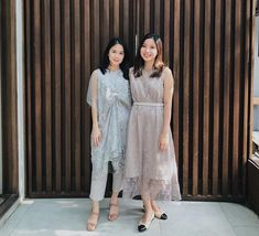 Dress Brukat, Hijab Dress Party, Batik Dress, Lace Dress, Dress Brokat Modern, Kebaya Modern Dress, Model Dress Kebaya, Batik Fashion, Plus Size Party Dresses