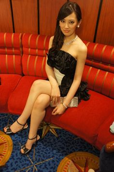 "fuckyeahpgsmgirls: "" Recent picture from Keiko Kitagawa's blog (holy legs…"