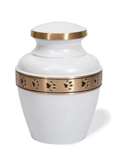 Best Friend Services Avalon Paw Series Pet Urn (Small, Cloud White with Brass Band) Memorial Urns, Cat Memorial, Pet Remembrance, Pet Ashes, Pet Urns, Brass Band, Dog Pin, Dog Items, Pet Home