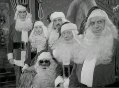 Ted Cassidy, Marie Blake, Jackie Coogan, Carolyn Jones and John Astin in The Addams Family. The Addams Family 1964, Addams Family Tv Show, Adams Family, Christmas Tv Shows, Christmas Episodes, Family Christmas, Merry Christmas, Christmas Pictures, Christmas Specials