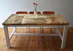 Esstisch aus massivem Holz // Massive wooden dining-table by Zimmerliebe via DaWanda.com
