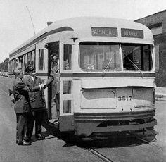 30 août 1959 : le conducteur Osias Desrosiers termine sa tournée et ramène au garage le tram numéro 3517, le dernier à circuler dans les rues de Montréal.