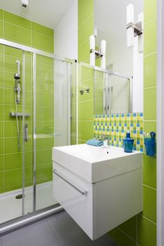 Bathroom:Chic Small Bathroom With Green Wall Tiles Also Glossy White Sink Inspiring Small Green Bathroom Ideas Bright Green Bathroom, Lime Green Bathrooms, Green Bathroom Decor, Modern Bathroom, Small Bathroom, Bathroom Ideas, Bathroom Tiling, Colorful Bathroom, Bathroom Bath