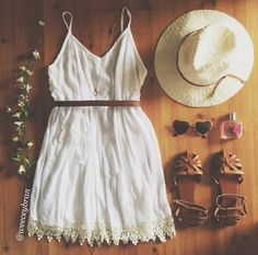 Cute summer outfit! Repinned by #socovintage SoCoVintage.com