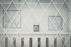http://www.dezeen.com/2015/03/22/lootens-line-office-building-deinze-belgium-caan-architects/