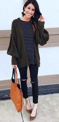 Perfect Winter Outfit Ideas and Inspiration to Copy Now… Cute Winter Outfits, Fall Outfits, Cute Outfits, Fashion Outfits, Women's Fashion, Budget Fashion, Classy Fashion, Fashion Lookbook, Winter Clothes