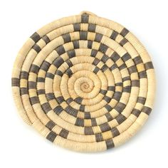love these handmade coil baskets. must learn how to make!
