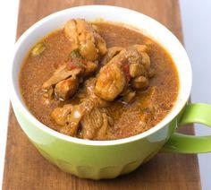 ククル・マス(スリランカ風チキン・カレー)のレシピならエスニック料理 - ティラキタレシピへ! ククル・マス(スリランカ風チキン・カレー)は南の島のカレー!ミックススパイスを作る所からチャレンジしてみましょうです Deviled Potatoes Recipe, Sri Lankan Curry, Potato Recipes, Soups And Stews, Thai Red Curry, Rice, Tasty, Favorite Recipes, Asian