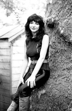 Kate Bush, 1980.