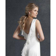 Love the back on our Alba dress. #elegantsimplicity #huntthatdress #silk #vintage #weddingdress #weddinginspiration #london #madeinengland