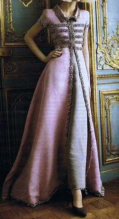 Chanel evening coat...Gorgeous ensemble to recreate. Adjust the sleeve BUT keep the details. Work with your dressmaker to wear this look.