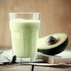 Estos cuatro smoothies para mejorar la piel son una manera refrescante, saludable y deliciosa de comenzar el día, con beneficios comprobados. ¡Pruébalos!
