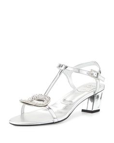 ROGER VIVIER Chips Strass-Buckle T-Strap Sandal, Silver. #rogervivier #shoes #sandals