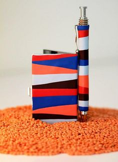 card case and pen Card Case, Flag, Cards, Products, Science, Maps, Beauty Products, Gadget