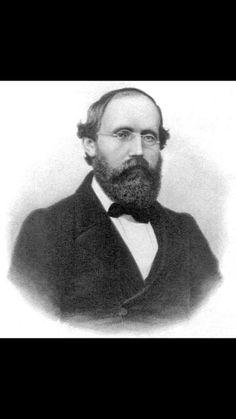 Bernhard Riemann, fondatore della geometria ellittica e celebre per la sua ipotesi sui numeri primi, nacque il 17 settembre 1826. #mattamatica