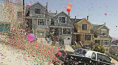 Danish photographer Peter Funch captured pictures of hundreds of thousands of colorful bouncy balls wildly bouncing down the steep streets of San Francisco. It was for a commercial for BRAVIA.