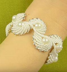 Macramé angel wings (or shell) bracelet / Makramé angyalszárny (vagy kagyló) karkötő gyöngyökkel / Mindy -  creative craft ideas
