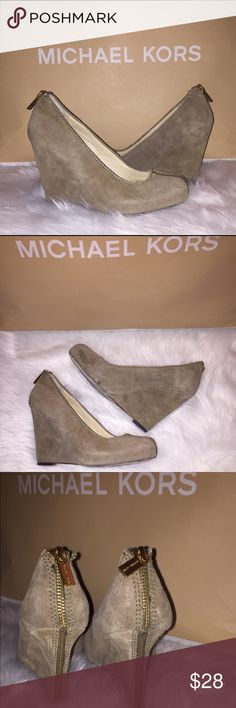 Michael Kors MK Suede zipper platform heels Sz 5 Michael Kors MK  Color: suede brown shade Wedge platform heels, closed  toe Sz 5 M true to size Used in good function-able condition  Minimal scuff and wear, inner lining is lifting but it does effect it's wear  ⚡️bundles are welcomed MICHAEL Michael Kors Shoes Platforms