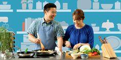 Um casal cozinhando juntos