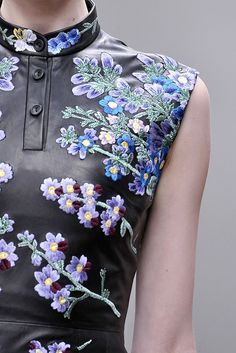 Fall 2010 Ready-to-Wear Christopher Kane