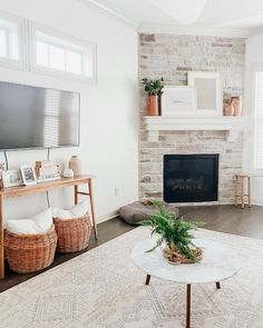 White Wash Brick Fireplace, Wood Mantle Fireplace, Fireplace Shelves, Fireplace Built Ins, Living Room With Fireplace, Fireplace Design, Fireplace Update, Farmhouse Fireplace, Corner Fireplace Layout