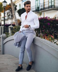 Pin by juan karlos cruz on men's fashion стили мужской моды, Formal Dresses For Men, Formal Men Outfit, Formal Suits, Formal Prom, Mens Fashion Suits, Mens Suits, White Shirt Outfits, White Shirts, Moda Formal