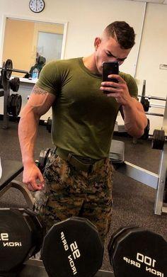 Uniform In Car — SRB 🇸🇰 Security Hot Army Men, Sexy Military Men, Hot Guys Tattoos, Men In Uniform, Muscular Men, Shirtless Men, Male Physique, Good Looking Men, Haircuts For Men