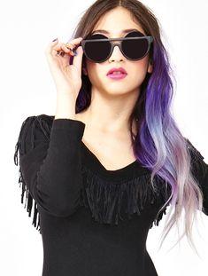 Dip dye hair : purple to grey