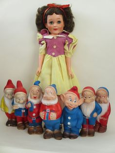 Vintage 1958 Snow White and the Seven Dwarfs Deluxe Reading Topper Toys #DeluxeReadingTopperToy