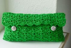 Emerald Clutch submitted to InspirationDIY.com