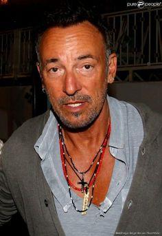 Bruce.  jesus, he's a good-lookin' man.