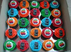 Mac / Iphone Cupcakes Buttercream swirls and edible images. Youtube Birthday, 8th Birthday, Birthday Cakes, Adoption Day, Bat Mitzvah, Let Them Eat Cake, Swirls, Party Time, Cake Decorating