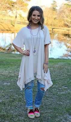 Ahead of the Curve Short Sleeve Tunic with Ruffle Hemline in Ivory – Giddy Up Glamour Boutique