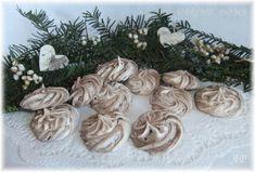 Christmas Wreaths, Stuffed Mushrooms, Vegetables, Holiday Decor, Food, Stuff Mushrooms, Essen, Vegetable Recipes, Meals
