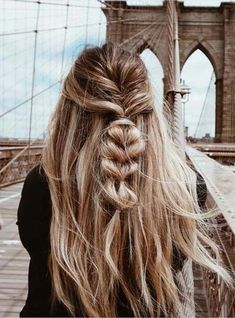 See here the most stunning and gorgeous braid styles for women in 2018. These are amazing styles for wedding and especial hair looks for ever woman. #messyBraided
