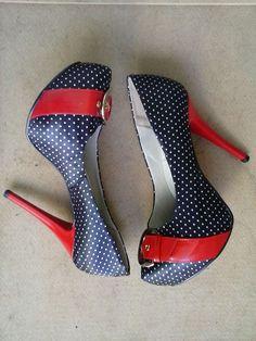 Sapato de Salto Meia Pata Navy / Marinheiro tamanho 37 a venda em https://www.enjoei.com.br/sapato-de-salto-meia-pata-navy-marinheiro/p/994505