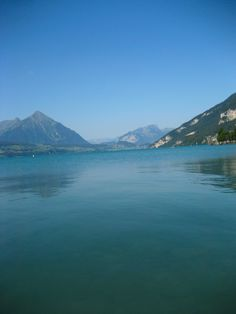 Is Interlaken Too Touristy? Tips for travel to the hidden city between 2 lakes alone with hang gliding information #HippieInHeels switzerland, interlaken, lakes, outdoor adventure, hang gliding, canyoning