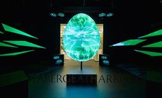 Iconic jewelry brand Fabergé commissioned creative agency Justso and Projection Artworks to develop an interactive, virtual egg for their pre-Easter campaign at Harrods. Projection Installation, Interactive Projection, Harrods, Creators Project, Retail Experience, Faberge Eggs, Egg Art, Jewelry Branding, The Creator
