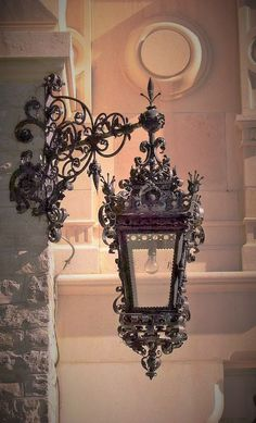 Lantern Lamp, Chandelier Lamp, Muebles Estilo Art Nouveau, Lampe Art Deco, Gothic House, Chandeliers, Street Lamp, Antique Lighting, Home And Deco