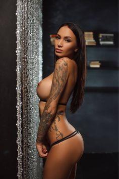 #sleevetattoo #inkedladies #ink #black #tattoofriday #tattoo #sexy #brunettehair #brunette #big #boobs #slim #sexy #sensual #young #woman #fineliving #elite #escort #hot #tattoos