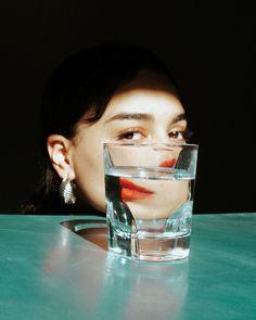 Refracted portrait by Hamza Lafrouji AKA Psycho Moustache Minimal Photography, Creative Photography, Portrait Photography, Fashion Photography, Distortion Photography, Splash Photography, Stunning Photography, Inspiring Photography, Jewelry Photography