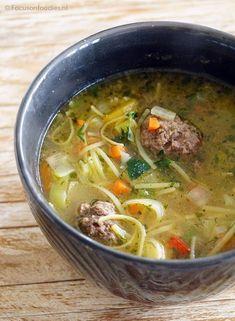 Vegan Dinner Recipes, Healthy Recipes, Healthy Food, Crockpot Recipes, Soup Recipes, Lunch Restaurants, Dutch Recipes, Homemade Soup, Convenience Food