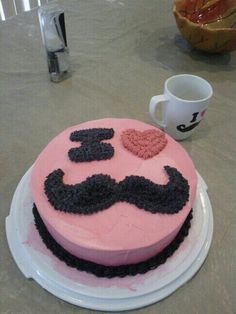 mustache party for girls | Girl mustache cake