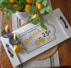 Lemonade Serving Tray//Fresh Squeezed Lemonade//hand Made Serving Tray//Summer Decor//Lemons//Spring Decor//Table Decor